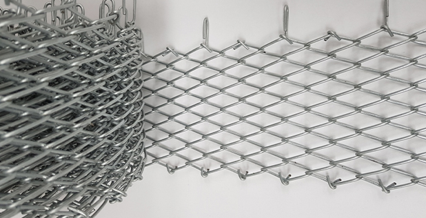 Wedge wire chain link